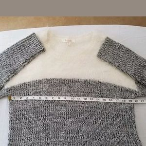 Vince Camuto Sweaters - 🤑$10.00 Sale Two by Vince Camuto Womens M Sweater